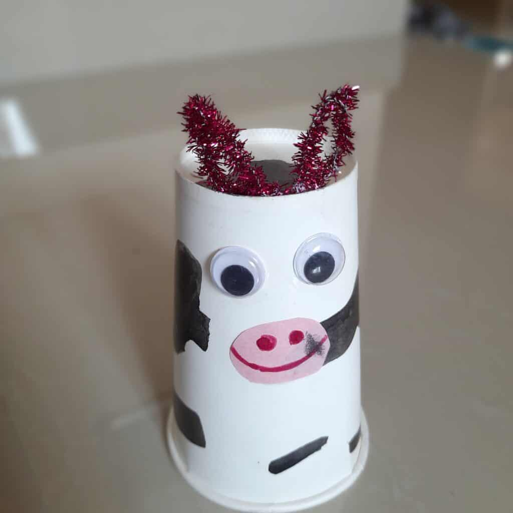 Image of paper cup cow made by the kid